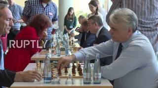 Germany: Russian Duma reps play chess against German parliamentarians in Berlin