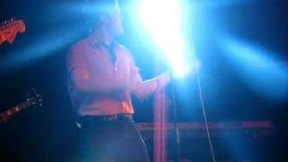 Daniel Merriweather - Getting Out