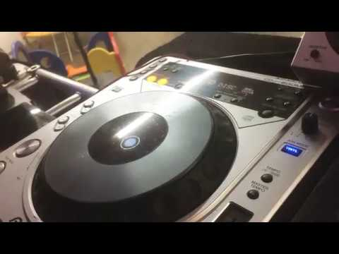 Conheça o DJ Manoel Gonçalves e o equipamento MG som e luz (parte)