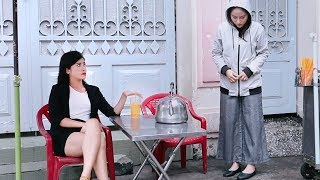 The head of department selling iced tea is humiliated by the female secretary