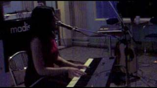 Terra Naomi - Happy Story - Live in Imola @ Madison Town