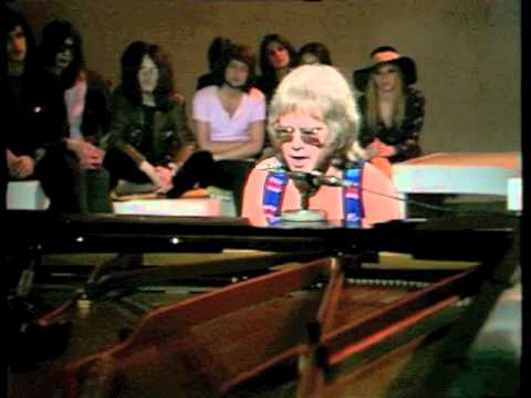Elton John - The Greatest Discovery(1970) Live on BBC TV - HQ
