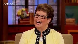 Author Debbie Macomber Presents Cedar Cove