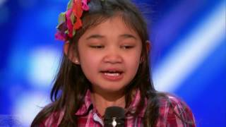 "9 year old girl surprises singing ""Rise up"" in America's Got Talent."