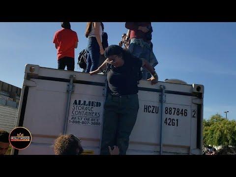 The Scene in San Ysidro as Border Gets Shut Down - Migrants Reach The Wall