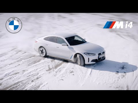 BMW i4 2022 - CRAZY Drifting in snow | New details revealed!