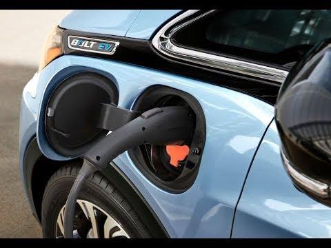 أول شركة مصرية تقدم خدمة شحن السيارات الكهربائية