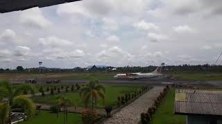 preview picture of video 'Wings Air Parkir, Susi Air Take Off'