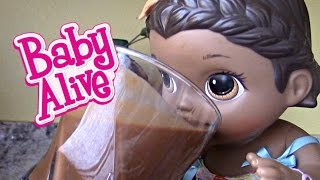 BABY ALIVE makes her own SMOOTHIE! The Lilly and Mommy Show! The TOYTASTIC Sisters  SURPRISE ending!