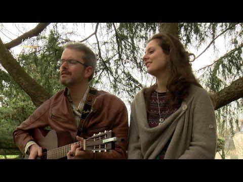 Claire et Luke Winton, chanteurs de folk chrétienne