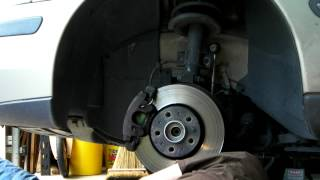 2001 Volvo V70 Half Shaft Replacement 15