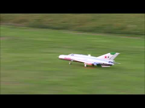 freewing-mig21-grass-ops