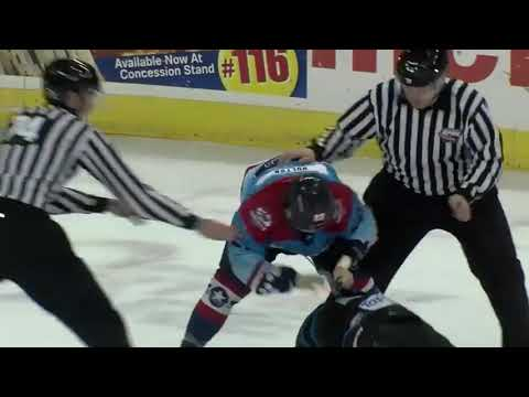 Hayden Hulton vs. Dakota Klecha