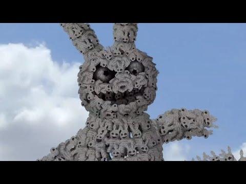 hqdefault - 7 Billones... La última creación surrealista de Cyriak
