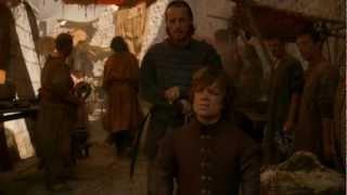 205 The Gost Of Harrenhal- Extrait 1: Tyrion & Bronn dans les rues de Port- Réal...