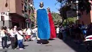 preview picture of video 'Gegants vells de St. Just Desvern a 23a Trobada d'Esplugues'