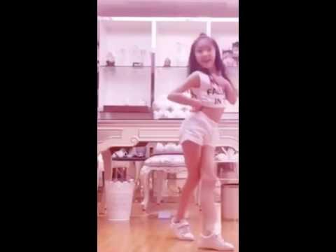 可愛小妹妹跳舞-未來必成舞后