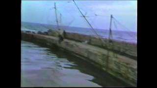preview picture of video 'Spiaggia di Fondi, 8 Aprile 1985, Sant'Anastasia.'