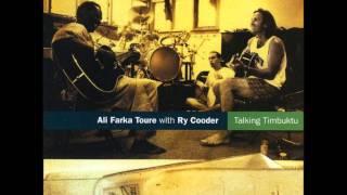 """Video thumbnail of """"Ali Farka Toure - Ai Du"""""""