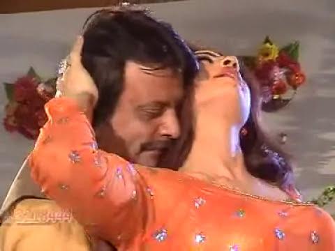 Jahangir Khan, Kiran Khan, Nazia Iqbal - Pashto film   Mina Kawa Khu 302 Makawa   song Khumar Yum