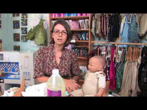 Πως να πλύνετε σωστά τα ρούχα του μωρού