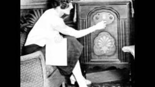 Sophie Tucker - I Ain't Got Nobody 1927 Miff Mole & Little Molars