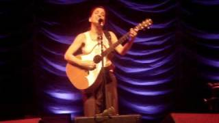 Ani Difranco - Do Re Me (Woody Guthrie cover)