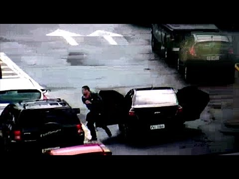 Ladrões fogem após furto de rodas no estacionamento da Volkswagen; veja vídeo