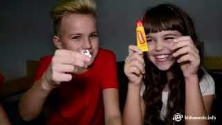 Реклама: Стол Ikea (Саша Минёнок и Катя Манешина)