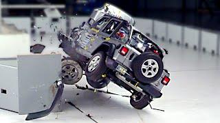 2020 Jeep Wrangler Rolls Over During Small Overlap Crash Test