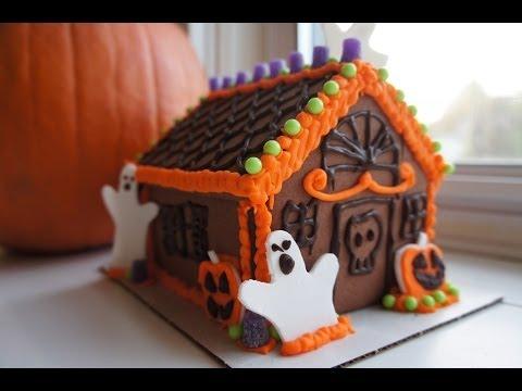Easy Halloween Gingerbread House Kit – Whatcha Eating? #111