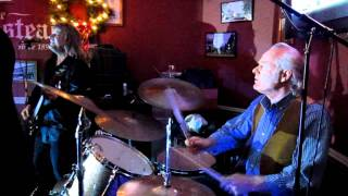 Pretenders Drummer Martin Chambers Performs with Drive AKA Talk of the Town Band