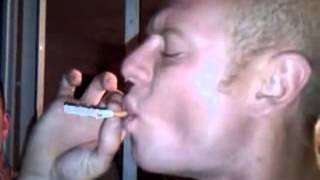 Выкурил сигарету с одной затяжки
