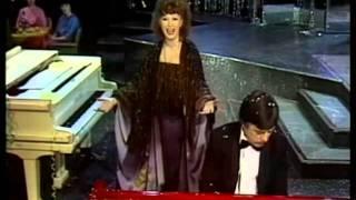 Алла Пугачева   Маэстро   Голубой огонек 1981 1