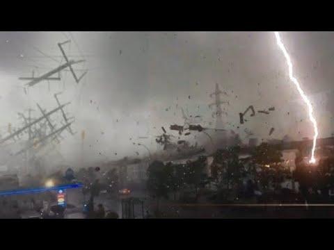 ⚡️⚠️ Storm heeft Spanje getroffen! ⛈ Gekke hagel en griezelige blikseminslagen raken Tarragona!