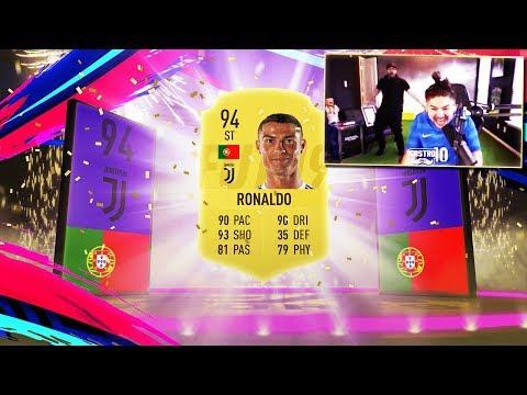 OMG I PACKED RONALDO!! FIFA 19
