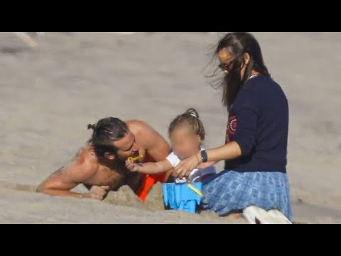 Bradley Cooper and Jennifer Garner Enjoy Beach Day in Malibu
