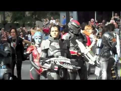 That's Not A Cosplayer, That's Actually Commander Shepard!
