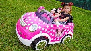 Настя и новые игрушки от Микки и Минни маус Видео для детей про игрушки