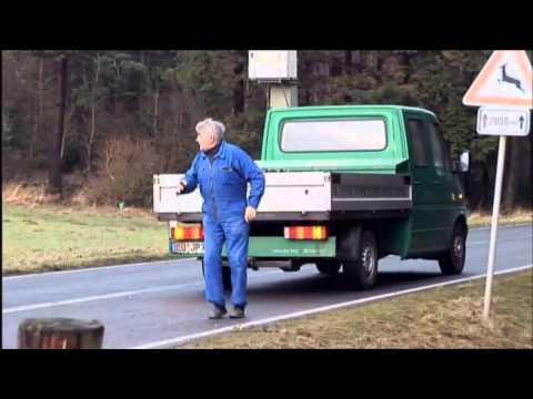 Autounfall: Helfen oder weiterfahren und wegsehen? (Quarks & Co)