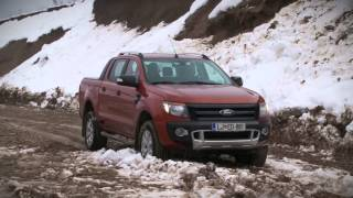 preview picture of video 'Ford ranger 2013 - preizkus elektronske zapore diferenciala na trasi Slovenia offroad Naklo'
