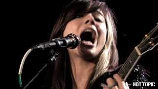 "Hot Sessions: Christina Perri ""Black And Blue"""