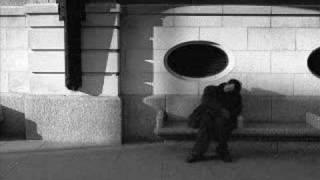 Akşam Olur Gizli Gizli Ağlarım - Zeki Muren