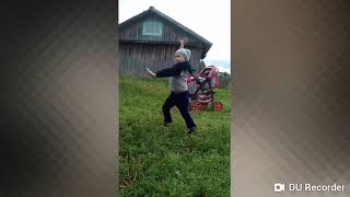 """Танцы в деревне """"это вам не хухры мухры"""""""