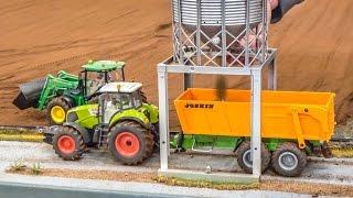 RC Tractors Working Hard! John Deere, Claas & Fendt In ACTION!