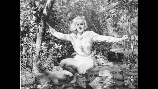 Let it Snow -- Marilyn Video
