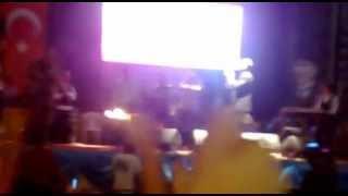 preview picture of video 'Rafet El Roman-Beyşehir Konserinden.mp4'