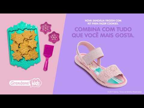 29cae7466d ... sandália infantil frozen elza azul cookies   clique+. Carregando zoom.
