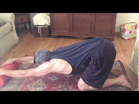 Floor lat stretch