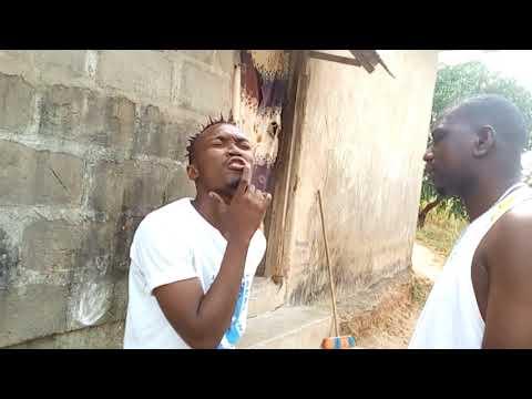 Pacha wa KINYAMBE/SAZA/ aonyesha DEMU WAKE----- Comedy